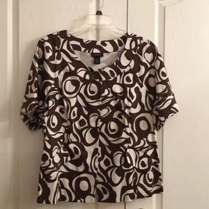 Short sleeve  front open one button top